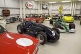 Покупця знайшли для класичних автомобілів, фірма JD класики